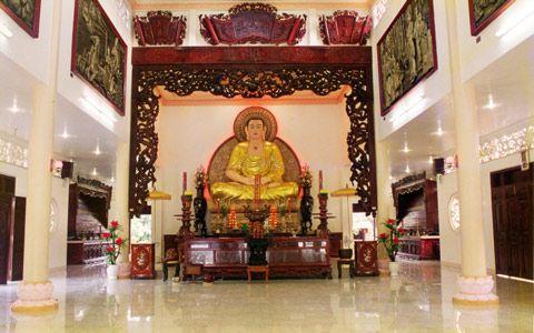 Chính điện của chùa