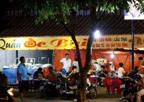 Quán ốc Bụi - Quán ăn ngon ở Hóc Môn