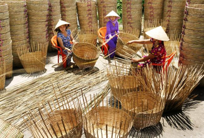 Nghề đan giỏ trạc huyện Hóc Môn