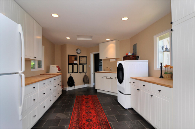 Tích hợp thiết bị giặt và đồ dùng vào phòng bếp