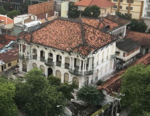 Ngôi biệt thự cổ 110 - 112 Võ Văn Tần