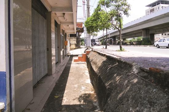 Hóa giải nhà thấp hơn mặt đường