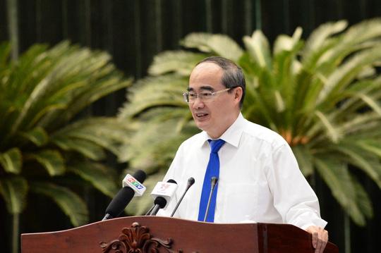 Ủy viên Bộ Chính trị, Bí thư Thành ủy TP HCM Nguyễn Thiện Nhân phát biểu bế mạc hội nghị